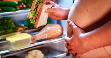 Alimentos que aumentan los estrógenos excesivamente en los hombres
