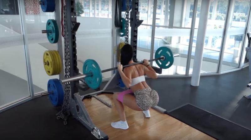 Los ejercicios más intensos para glúteos con The Fitness Sisters